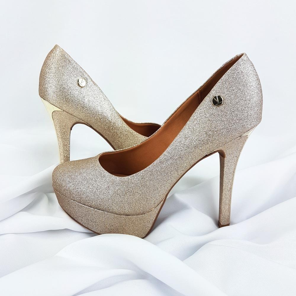 55cd7e96c2 sapato feminino glitter dourado vizzano - 1830.101. Carregando zoom.