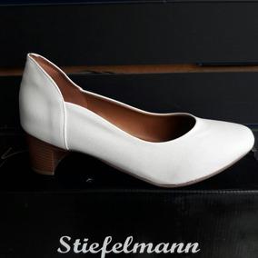da52b83fb Sapato Feminino Branco Hospitalar - Sapatos com o Melhores Preços no  Mercado Livre Brasil
