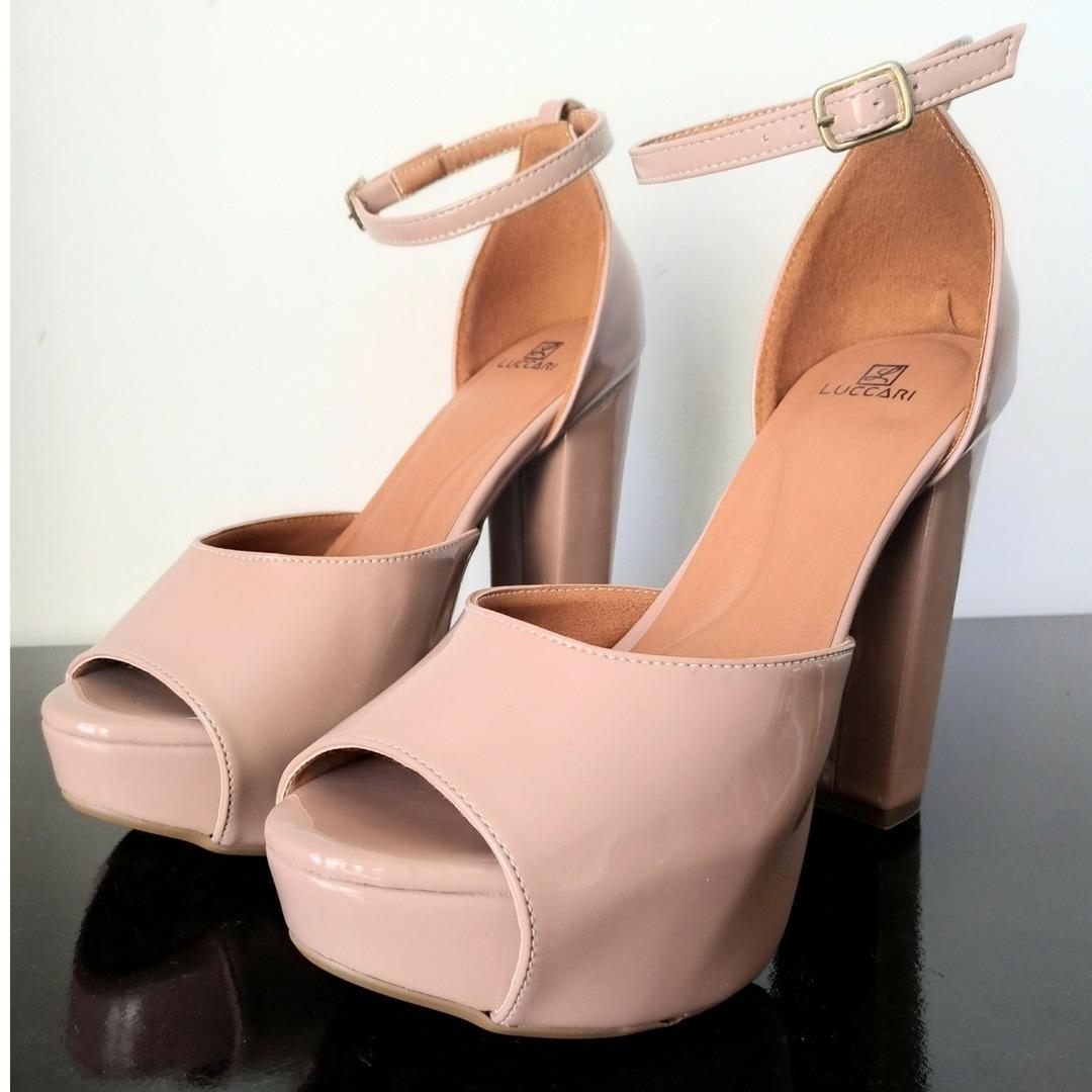 31843b3083 sapato feminino meia pata salto alto grosso nude promoção. Carregando zoom.