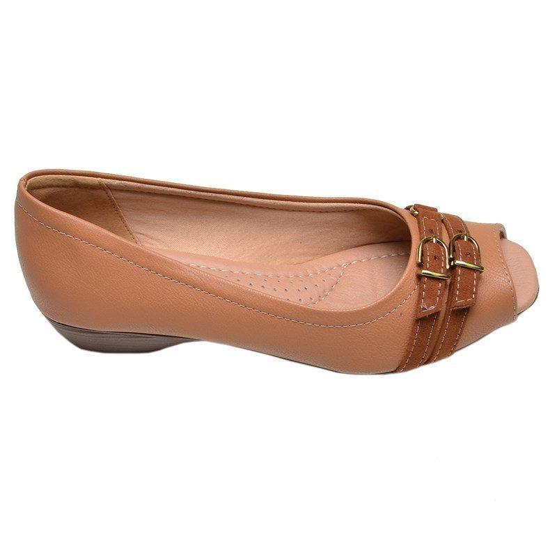 026dadcc14 sapato feminino micro salto renata della vecchia caramelo. Carregando zoom.