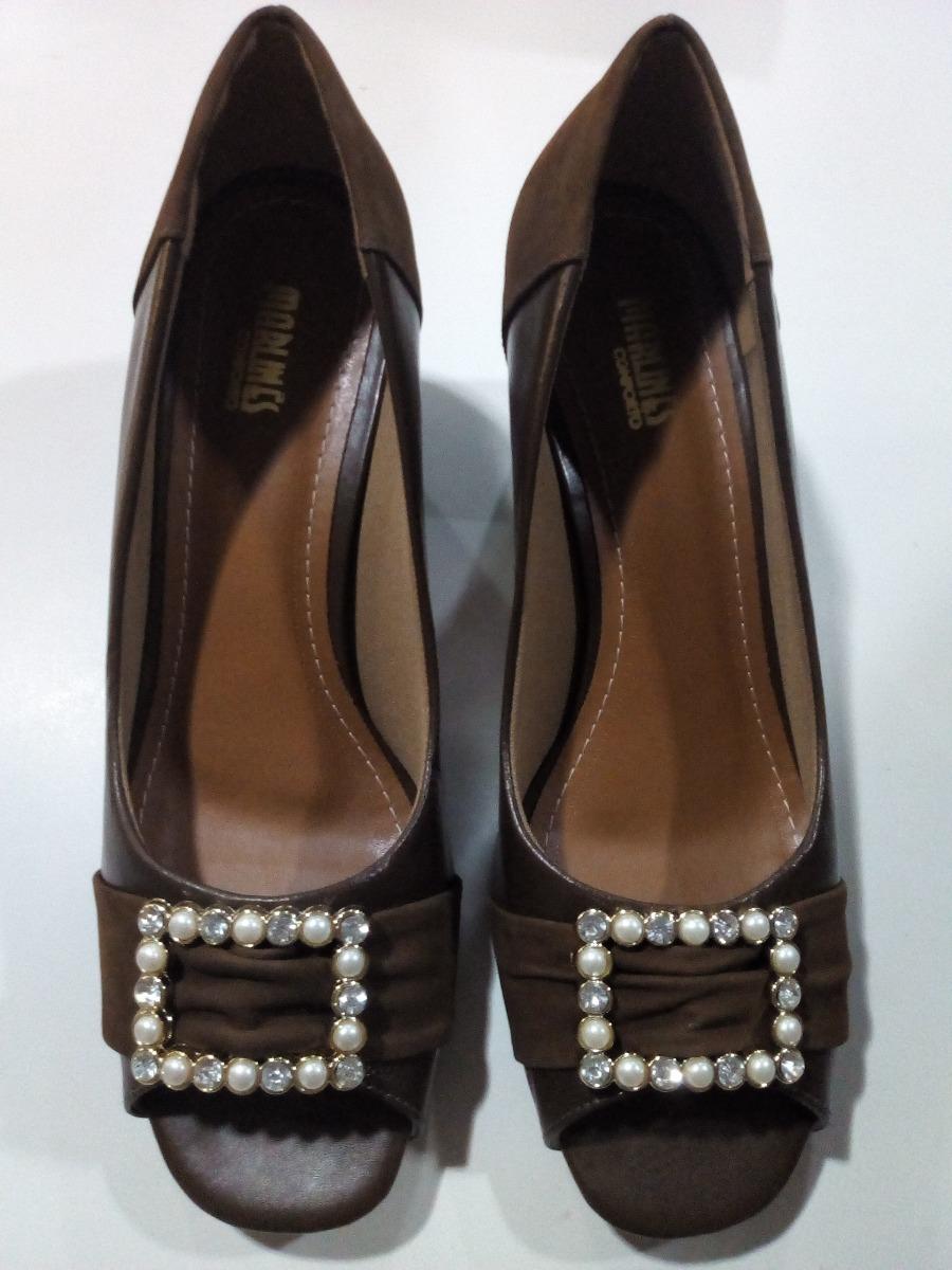 b67e905706 sapato feminino numeros especiais marrom 6453b-1187p. Carregando zoom.