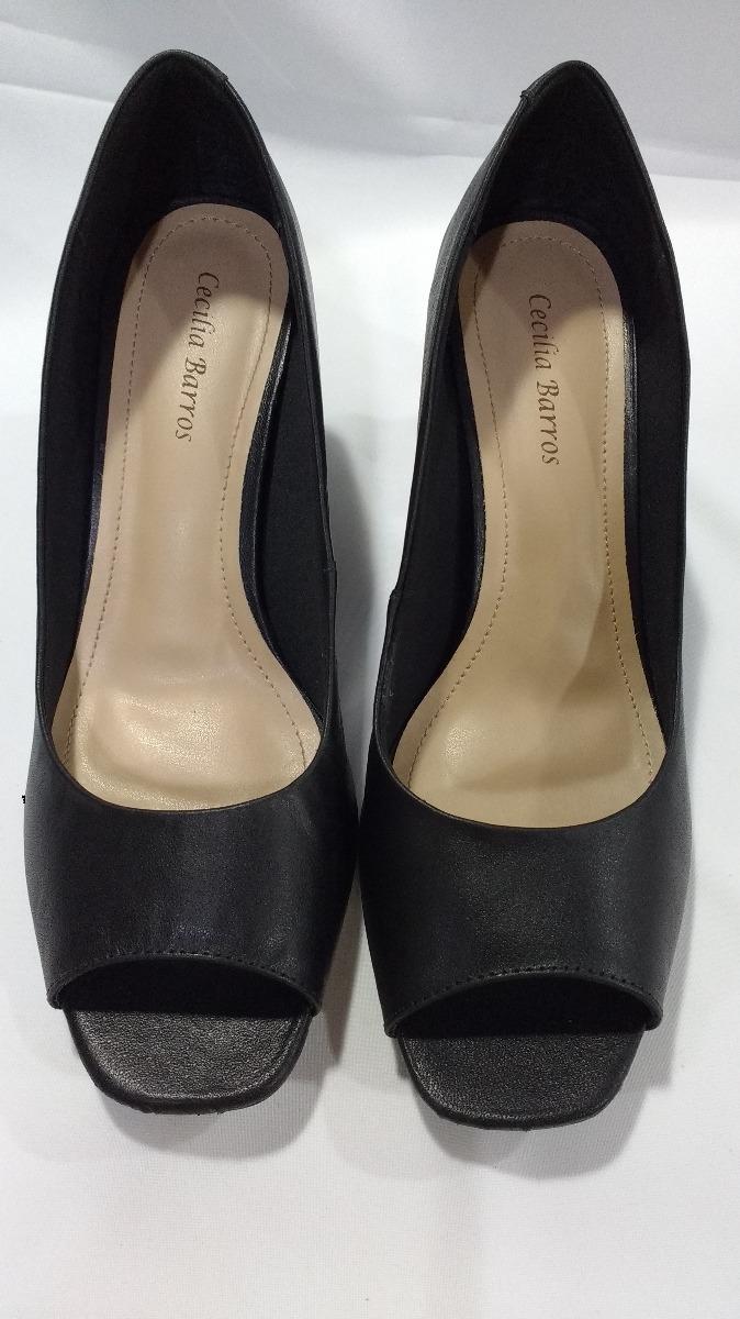 59df9d4805 sapato feminino numeros especiais preto 650. Carregando zoom.