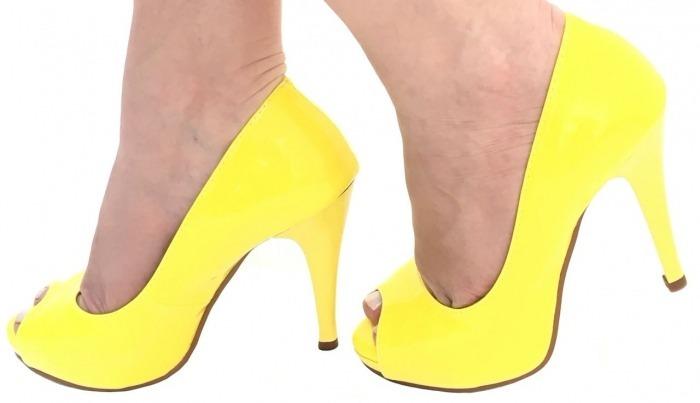 e431b8b2bd Sapato Feminino Peep Toe Amarelo Salto Alto Fino Meia Pata - R  161 ...