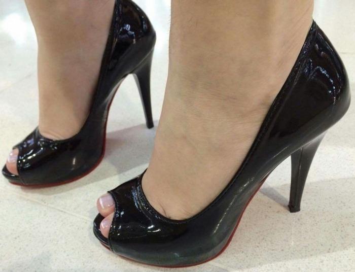 a60164061 Sapato Feminino Peep Toe Meia Pata Preto Aberto Salto Fino - R$ 108 ...