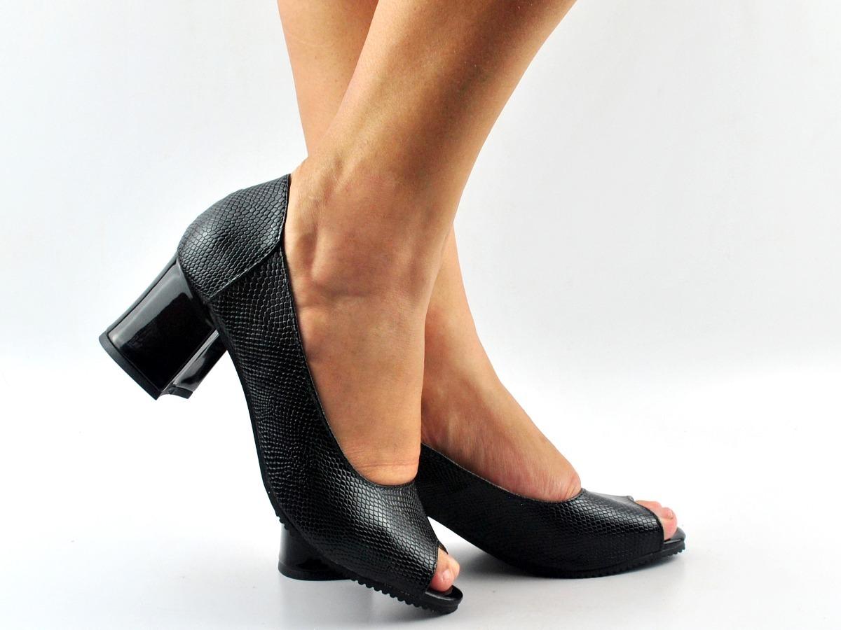 622a9c38e sapato feminino peeptoe salto verniz baixo preto trabalho. Carregando zoom.