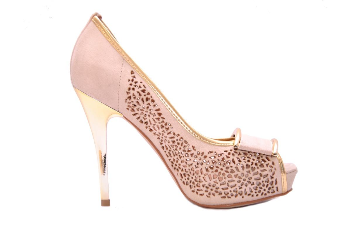 5904acda90 Sapato Feminino Plataforma Peep Toe Salto Bege Festa Miucha - R  129 ...