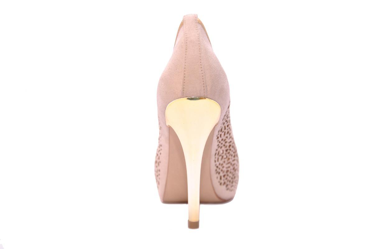 cdf5a42687 sapato feminino plataforma peep toe salto bege festa miucha. Carregando zoom .