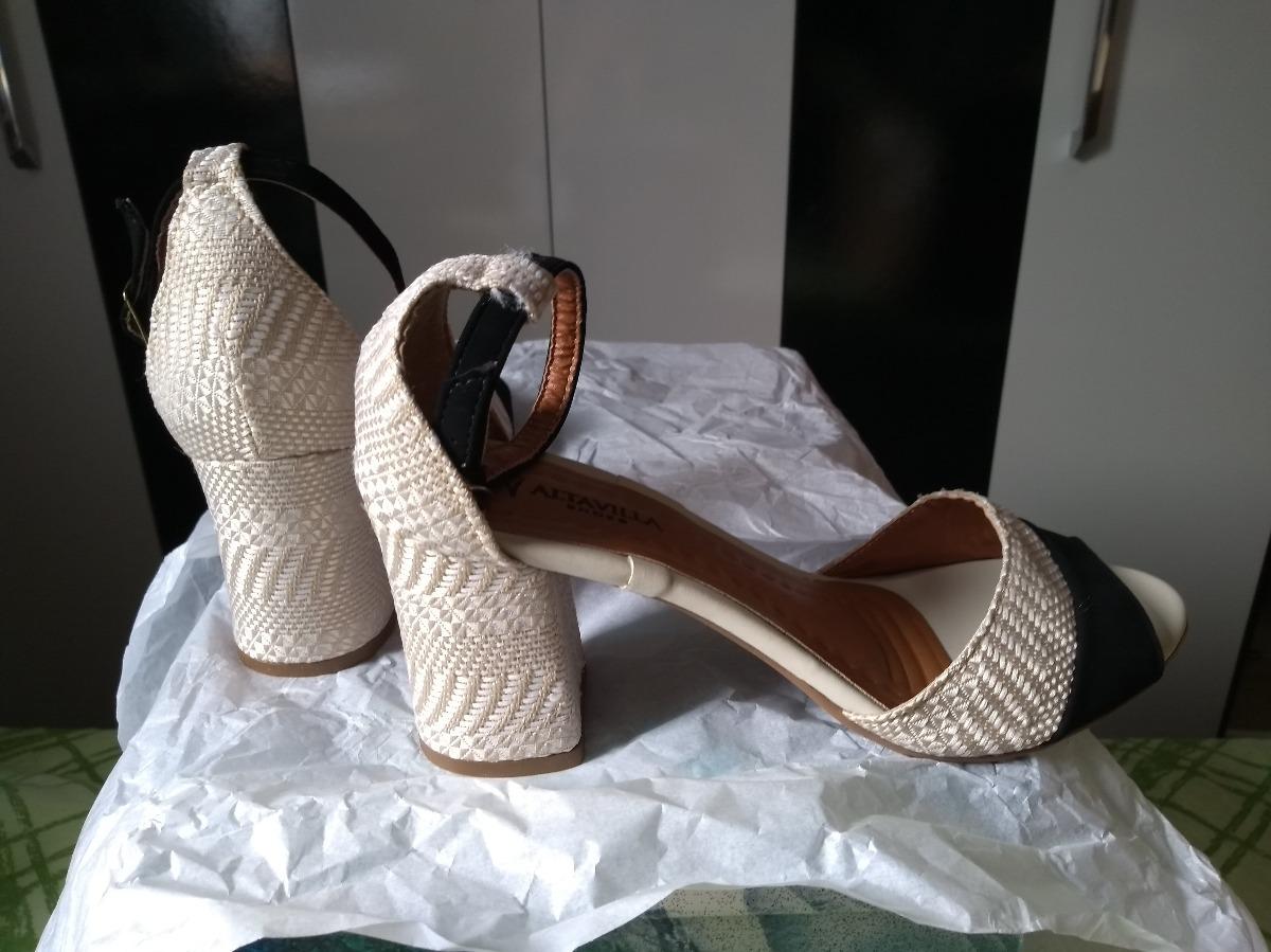 9d07cb022 sapato feminino salto alto baixo grosso barato branco noiva. Carregando  zoom.