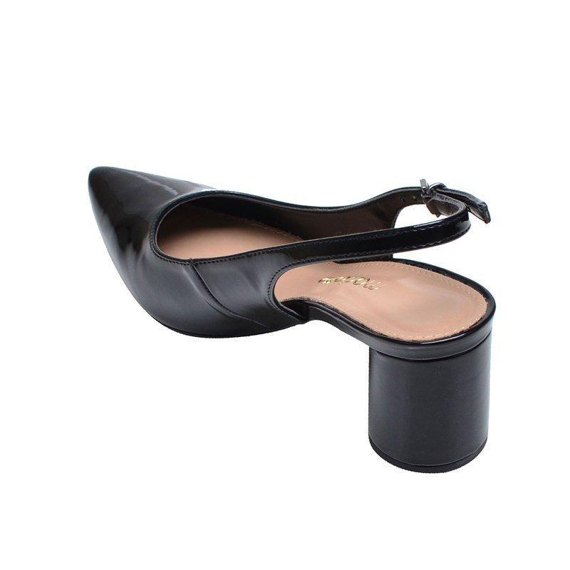 1e23a69f77e sapato feminino salto baixo bico fino mariotta preto. Carregando zoom.