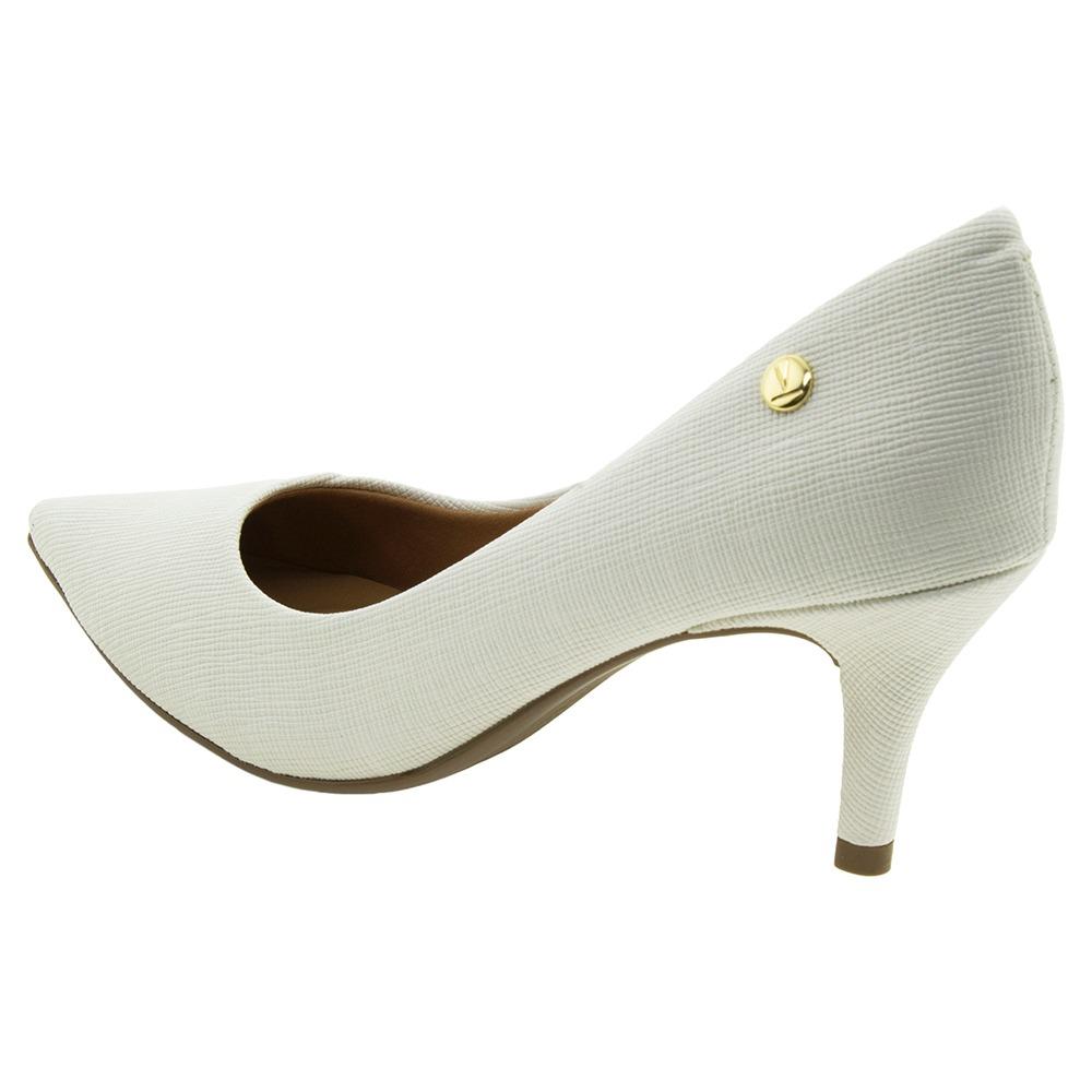 ce5b168b3 sapato feminino salto médio scarpin off/white vizzano - 1185. Carregando  zoom.