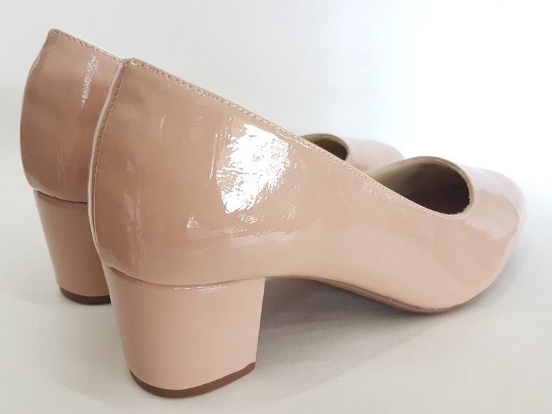 6399872048 sapato feminino scarpin · scarpin sapato feminino verniz bico redondo salto  baixo 2018