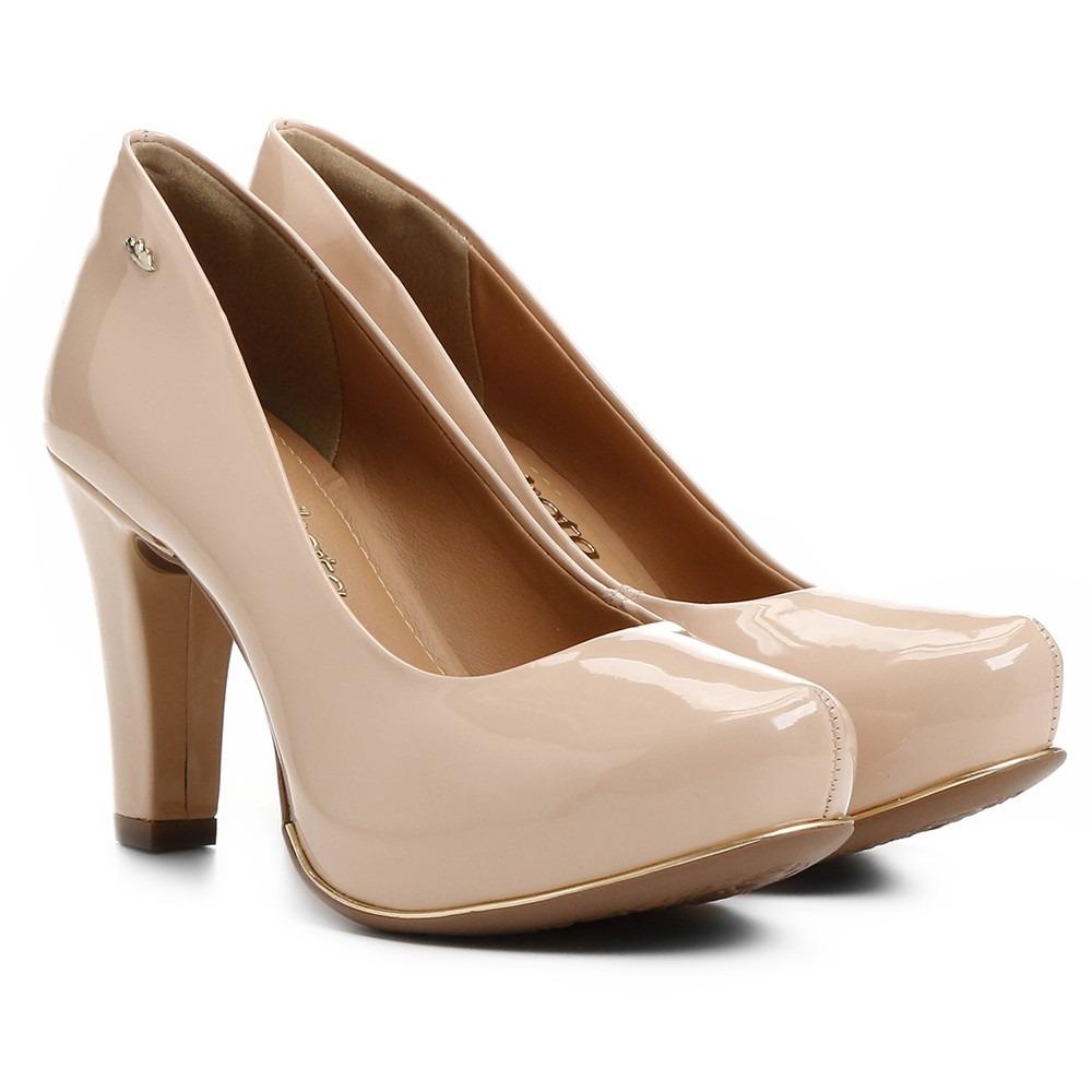2895bf9ba7 Sapato Feminino Scarpin Dakota Salto Alto Nude - R  171
