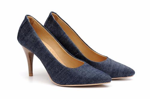 sapato feminino scarpin em tecido jeans azul  forro em couro