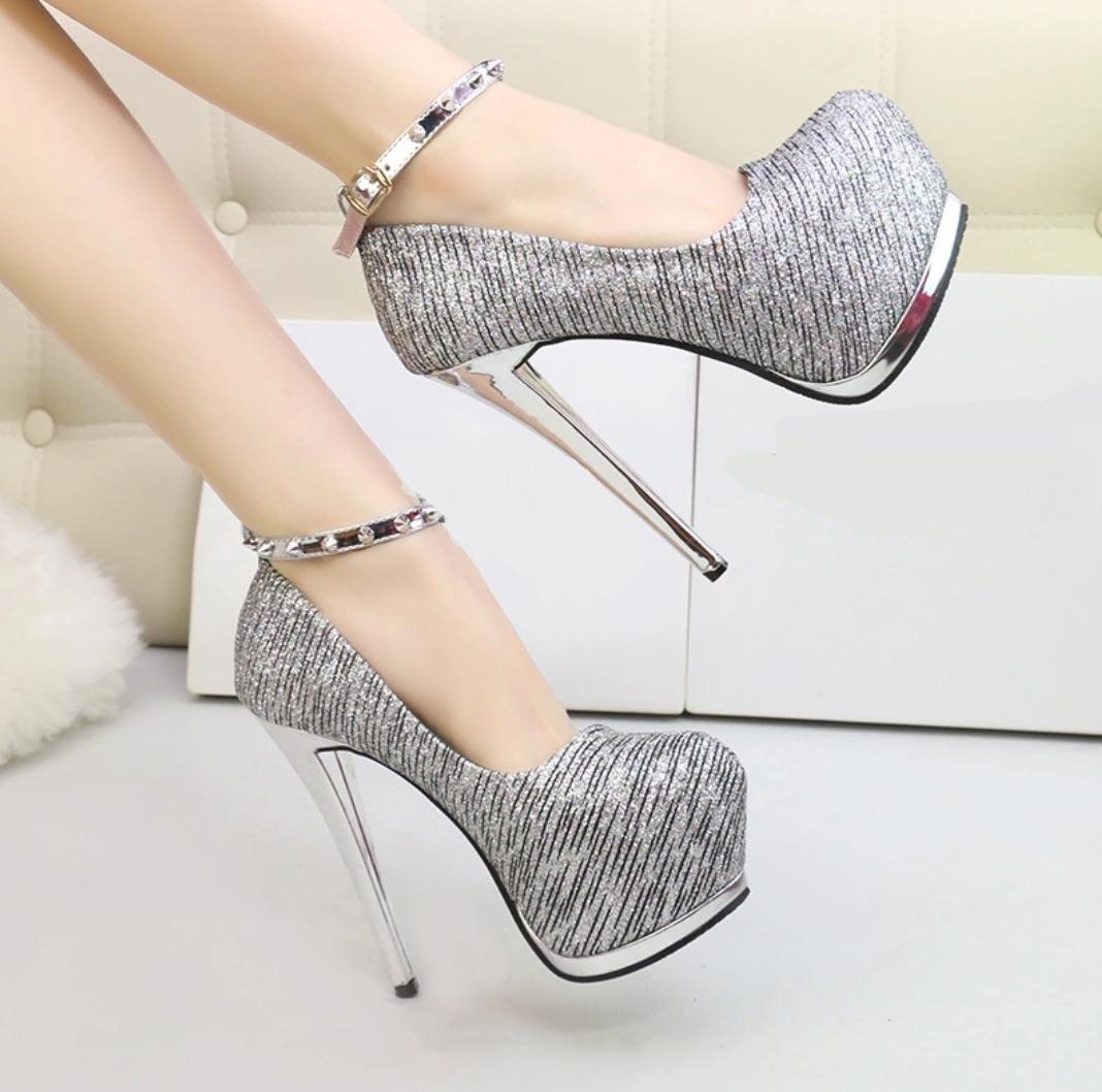 5c0e7204f sapato feminino scarpin importado 2018 luxo festas. Carregando zoom.