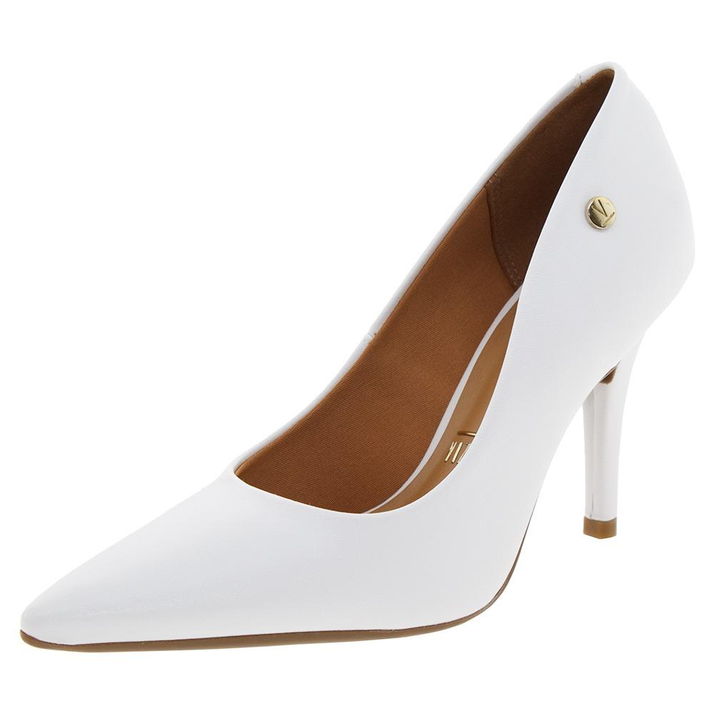 b13f5436bf sapato feminino scarpin salto alto branco vizzano - 1184101. Carregando  zoom.