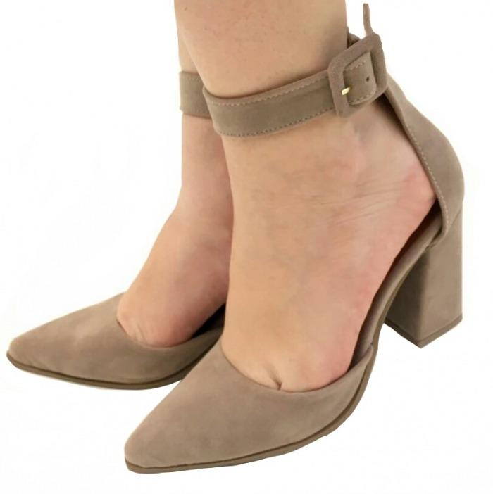 5297ce400e Sapato Feminino Scarpin Salto Grosso Salto Alto Bico Fino - R  90