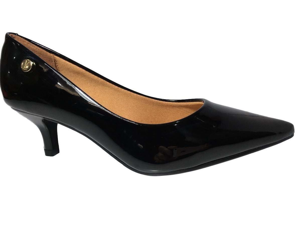efd27720d8 sapato feminino scarpin vizzano bico fino salto baixo preto. Carregando  zoom.