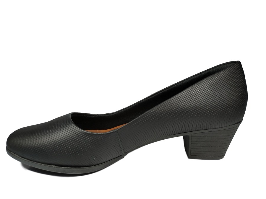 49357d17ce sapato feminino usaflex salto quadrado 4cm preto ou creme. Carregando zoom.