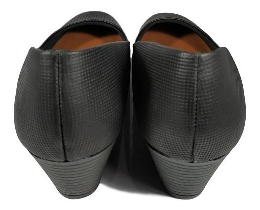 b9325301b9 Sapato Feminino Usaflex Salto Quadrado 4cm Preto Ou Creme - R$ 140 ...