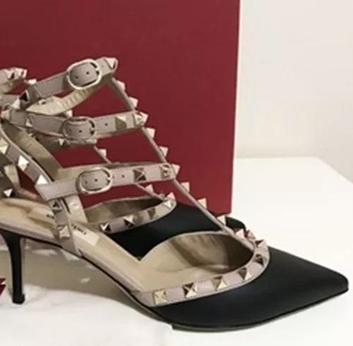 00f2fc914 Sapato Feminino Valentino Rockstud 36 Na Caixa+ 4 Brinde - R  999
