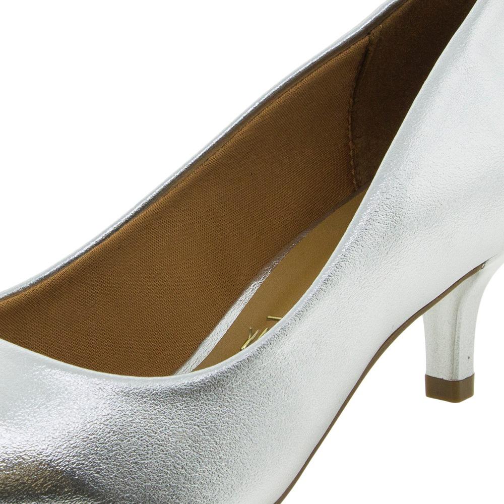 020d86340c Sapato Feminino Salto Baixo Prata Vizzano - 1122600 - R  39