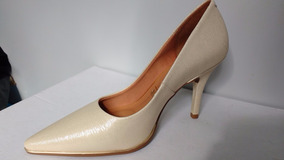 df31122ba Sapato Vizzano Dourado Feminino - Calçados, Roupas e Bolsas no Mercado  Livre Brasil