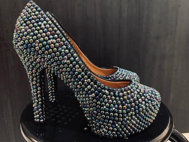 487d6b4eb Sapato Importado Scarpin Perolas Cristais Noivas Sob Medida - R$ 229 ...