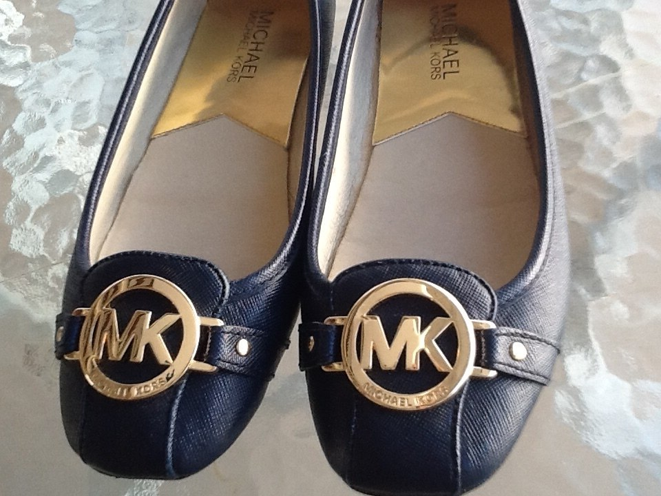 ... ca80535f6d1 Sapato M Kors Original. Tamanho 35 - R 325,00 em Mercado  Livre ... d2f4916323
