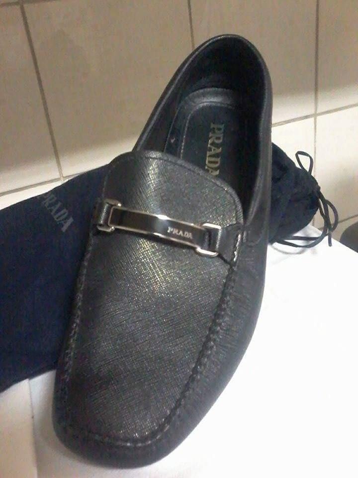 4c161bc7d3ea1 Sapato Masculino Prada Italiano - R  899,00 em Mercado Livre