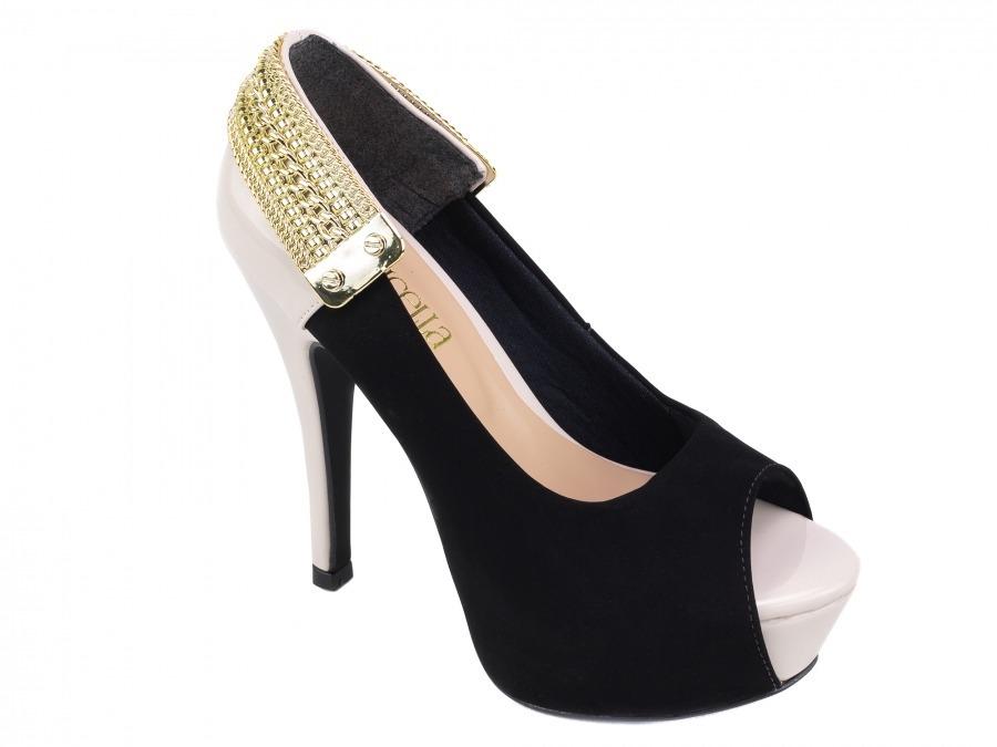 0c83934eb9 sapato meia pata nobuck preto e verniz bege detalhe dourado. Carregando  zoom.