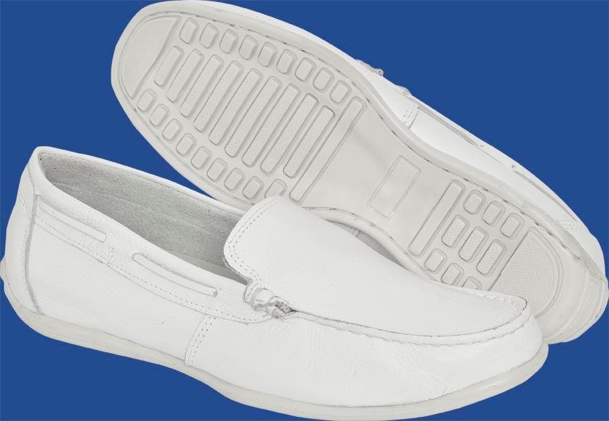 21a7147758 sapato mocassim branco em couro bergally odontologia. Carregando zoom.