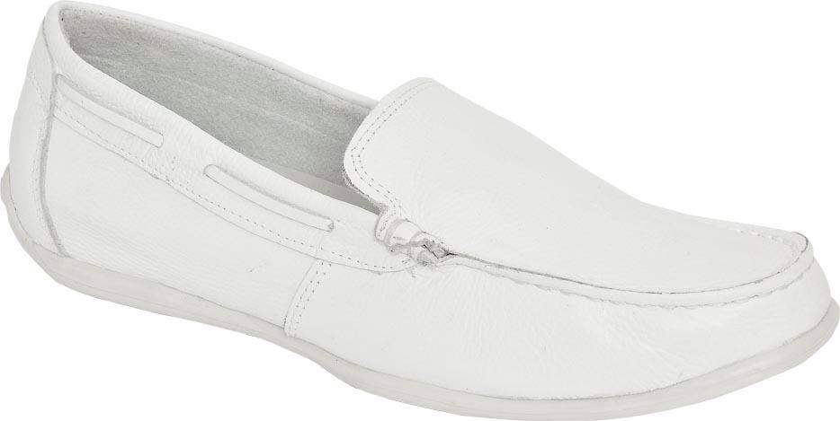 62e771f6cf sapato mocassim branco em couro blaqueado bergally dentista. Carregando zoom .