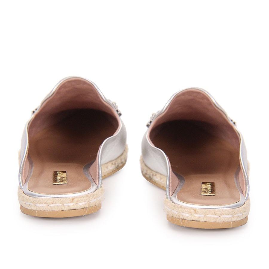 4c067bc081 sapato mocassim mule feminino brenda lee - prata. Carregando zoom.