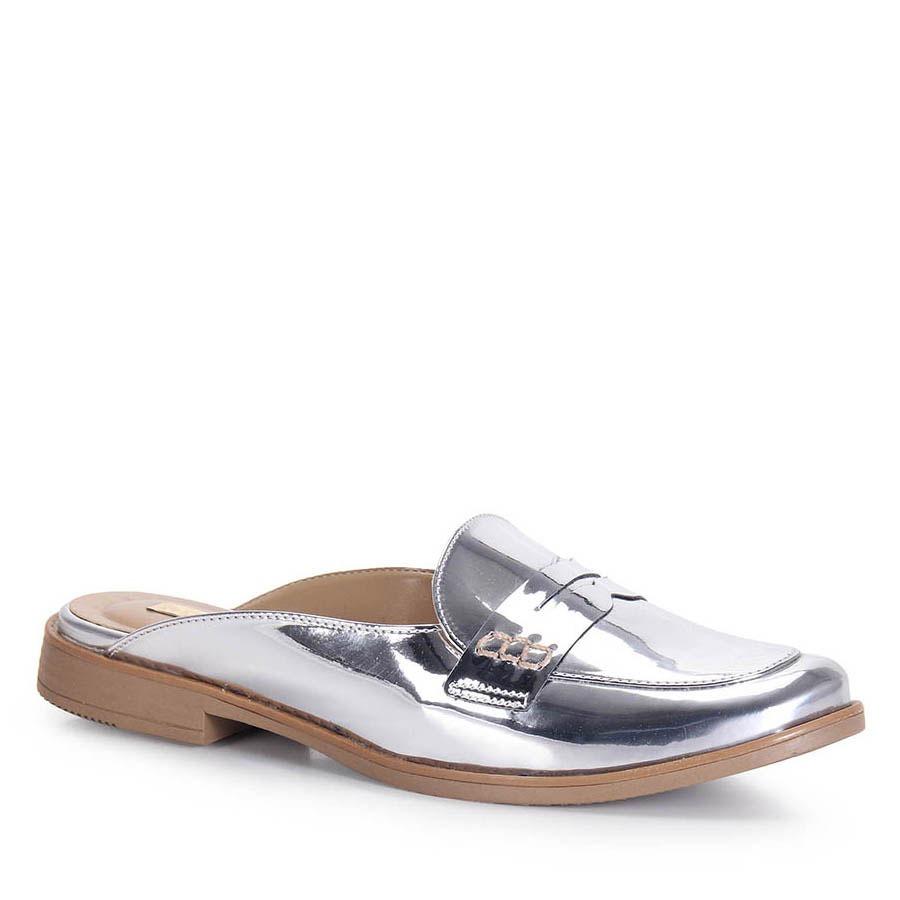 5f8c274e7 sapato mocassim mule feminino brenda lee - prata. Carregando zoom.