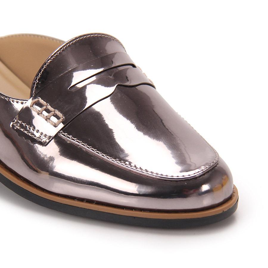 6f96f8ae79 sapato mocassim mule feminino brenda lee - prata velho. Carregando zoom.