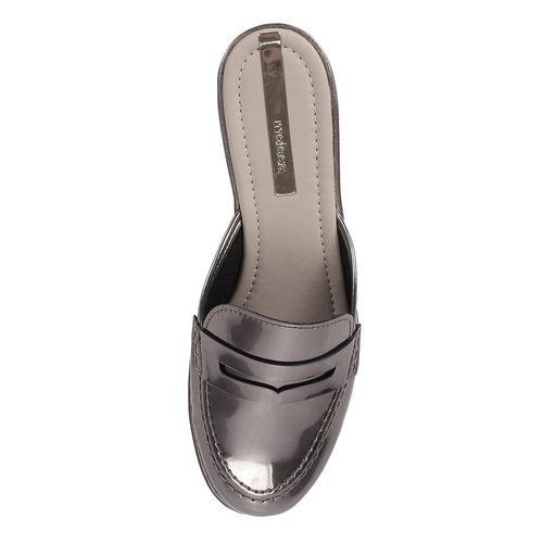 sapato mocassim mule feminino moleca - prata velho