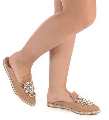 f58c434ac2 Sapato Mocassim Mule Feminino Pedraria Dourado Prata - R  220