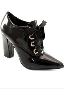 50c752170 Sapato Plastico Furado Feminino Mocassins Via Uno - Sapatos com o ...