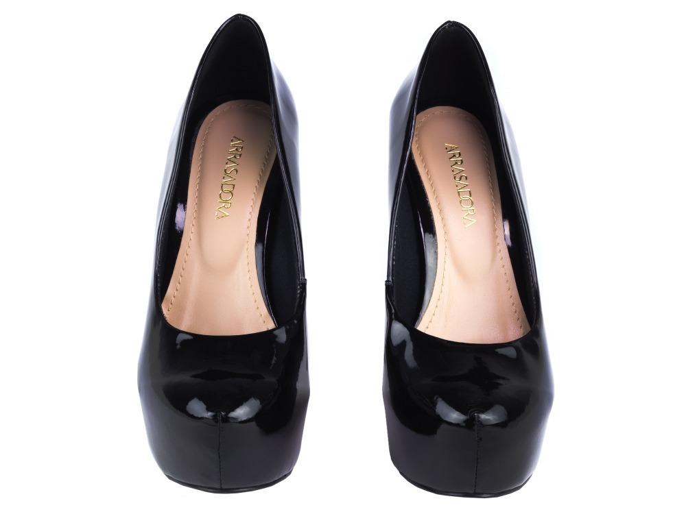 377f20891 sapato peep toe fechado solado vermelho luxo madame preto or. Carregando  zoom.