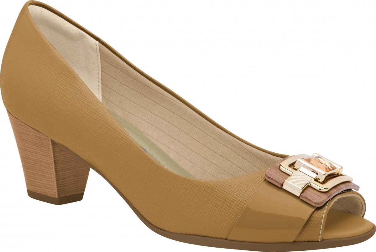 c770439f39 Sapato Peep Toe Feminino Piccadilly Napa verniz Salto Médio - R  169 ...