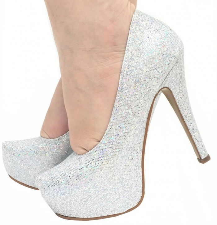 124bbd16eb Sapato Salto Alto Scarpin Prata Glitter Brilho Meia Pata - R  169