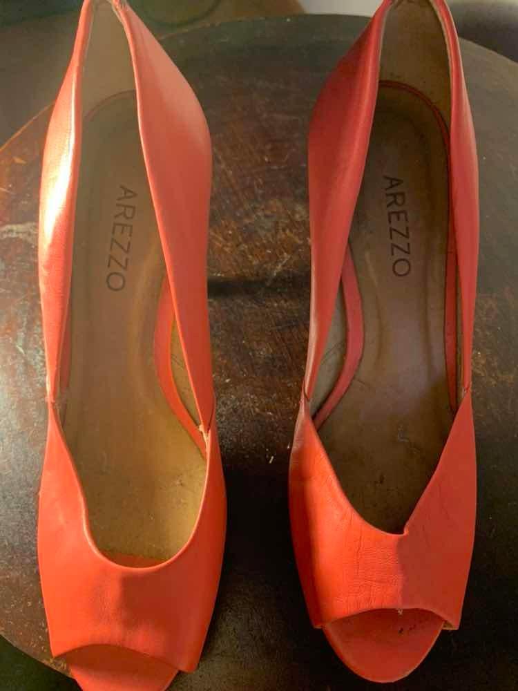 9275be9e72 sapato salto alto tamanho 35 arezzo. Carregando zoom.