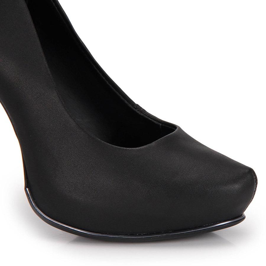 25f8bcca94 Sapato Salto Grosso Dakota - Preto - R  169