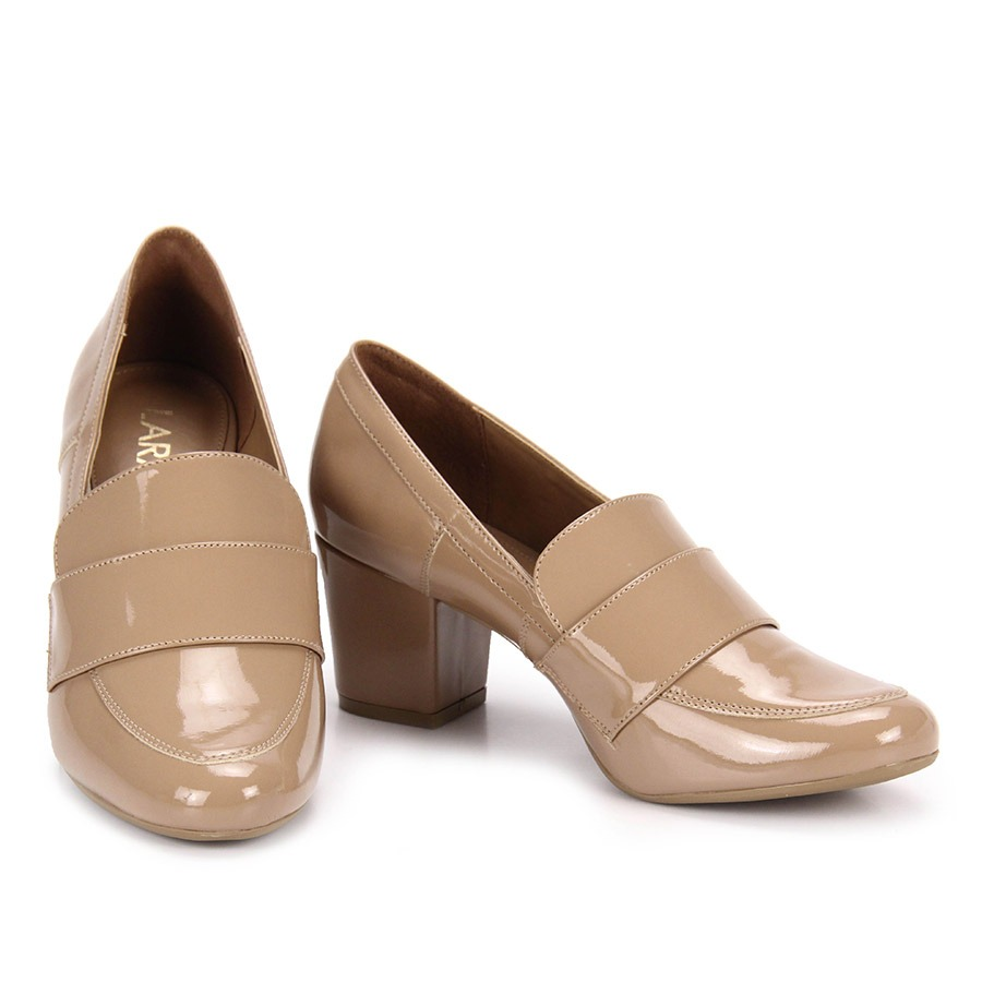 4c3d189de2 sapato salto mocassim feminino lara - bege. Carregando zoom.