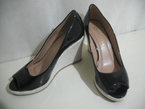 sapato sandalia anabela offline preta 38 vinil verniz
