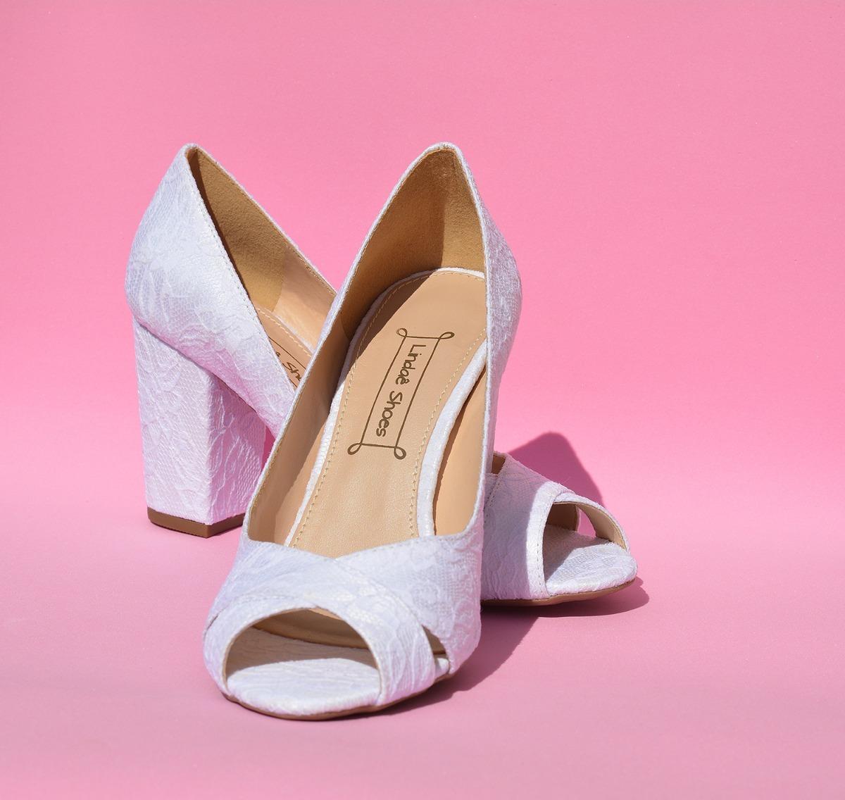 d5039c851 sapato, sandália branca, tecido renda para noivas salto 8 cm. Carregando  zoom.