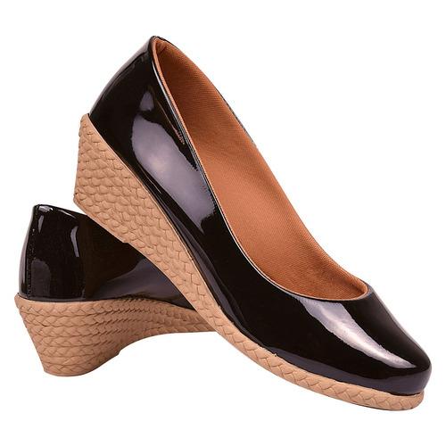 sapato sandália chiquiteira