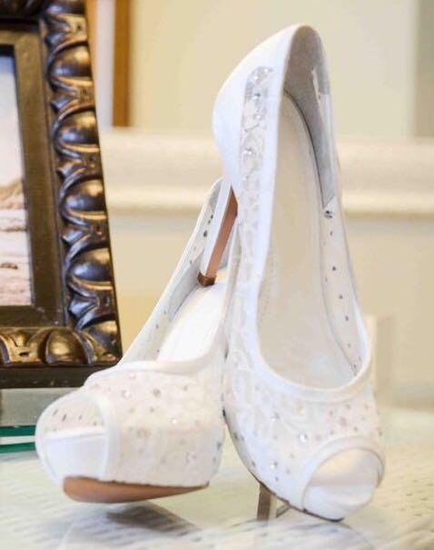 8813d73a7e649 Sapato Santa Scarpa Branco - R$ 159,99 em Mercado Livre