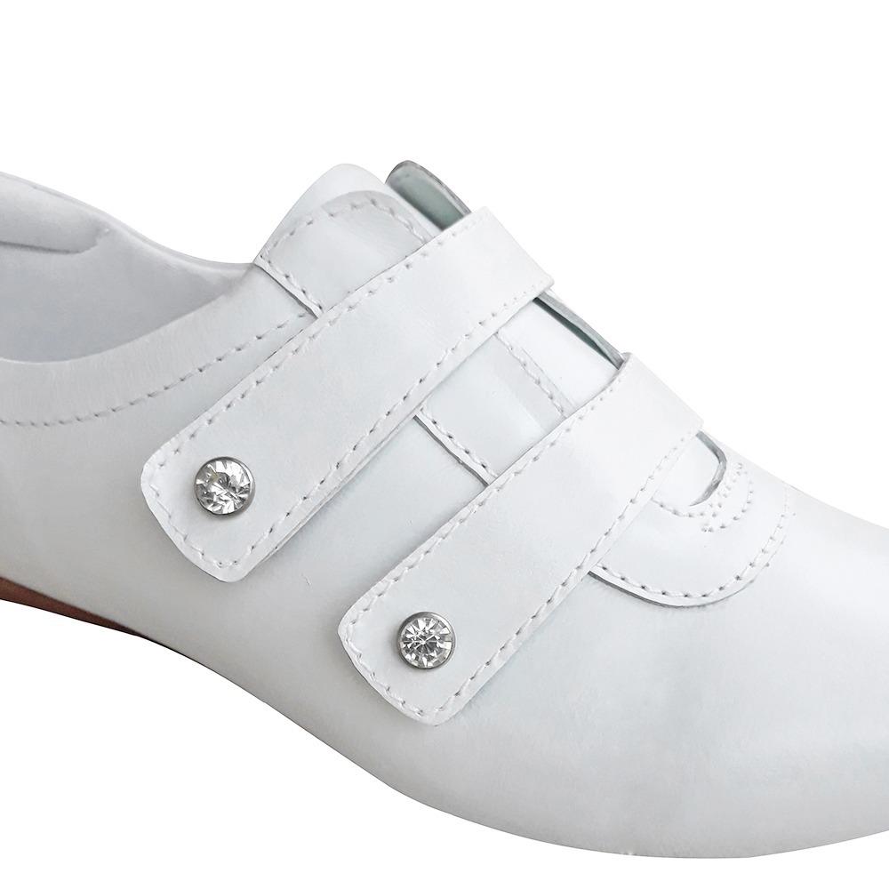 27fdf2c679 Sapato Sapatenis Branco Enfermagem Sapato Fechado Neftali - R  164 ...