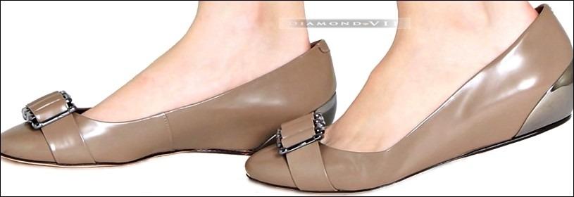 c8929b7d8f sapato scarpin anabela bico fino salto baixo cáqui shoestock. Carregando  zoom.